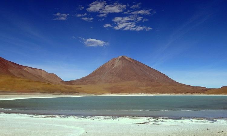 A tó, ami mínusz 50 fokon sem fagy be