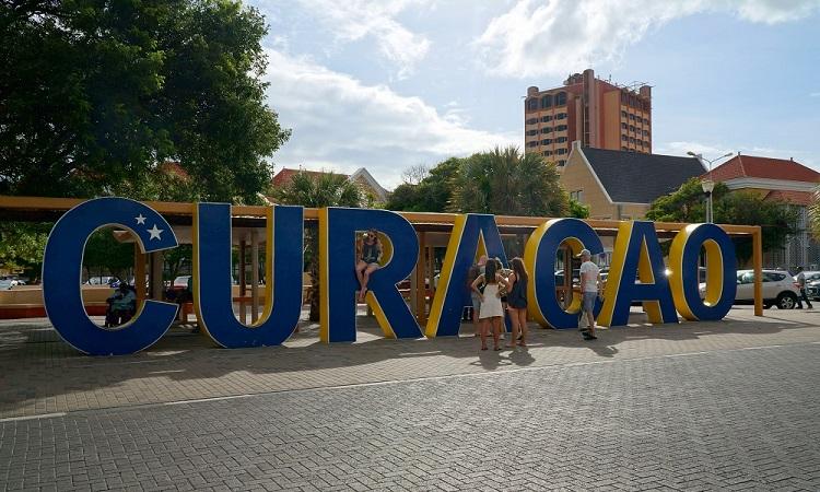Ismerkedés Curacaóval