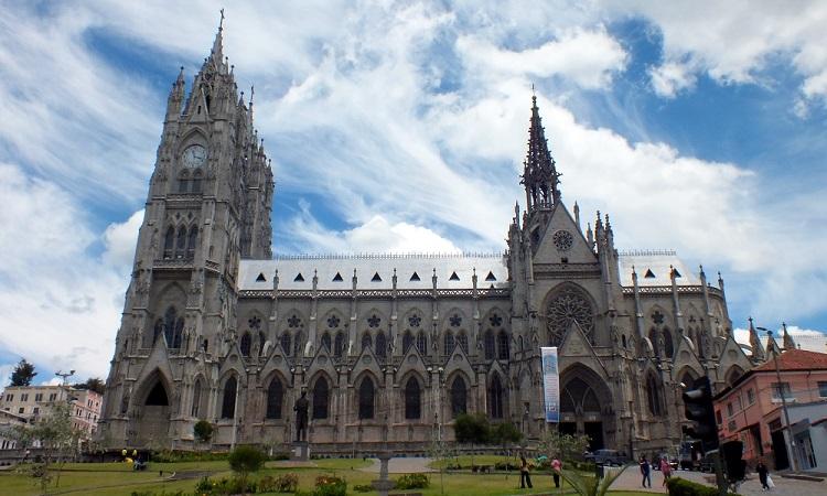 Quito és az ördögjárta templomok
