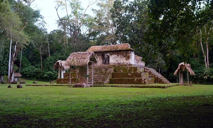 Ceibal, a maják kereskedelmi központja