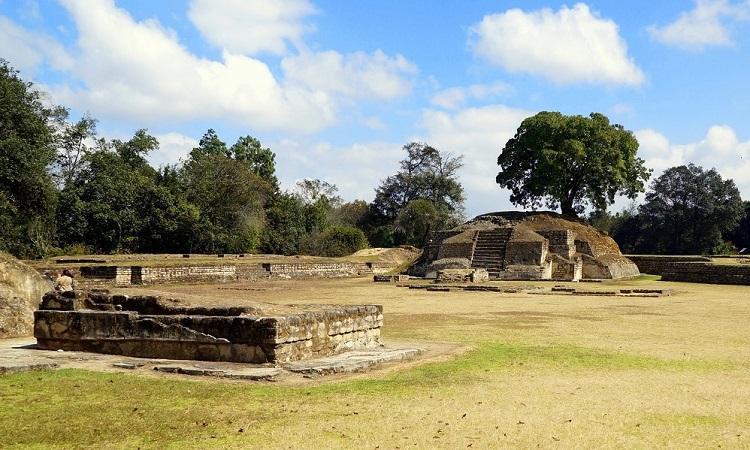Iximché, a kakcsikelek fővárosa