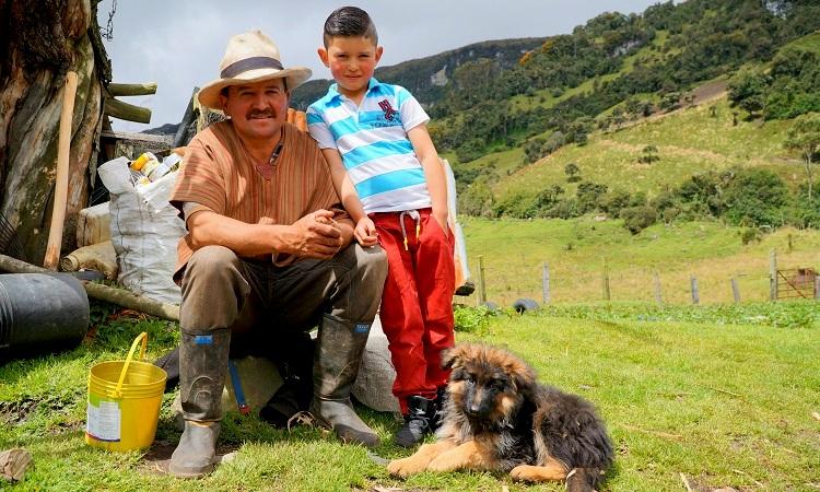 A falu, ahol a kutya tényleg az emberek barátja