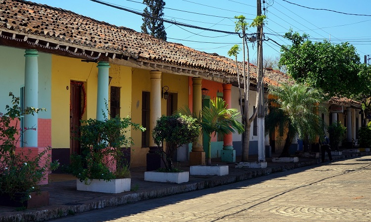 Ha kedd van, akkor ez Paraguay
