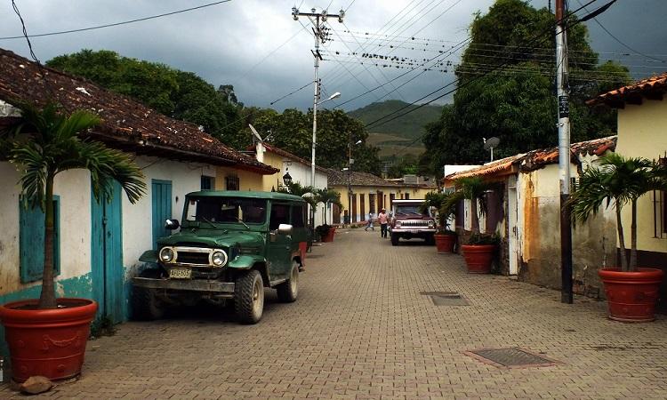 A Középső-Andok koloniális falvai