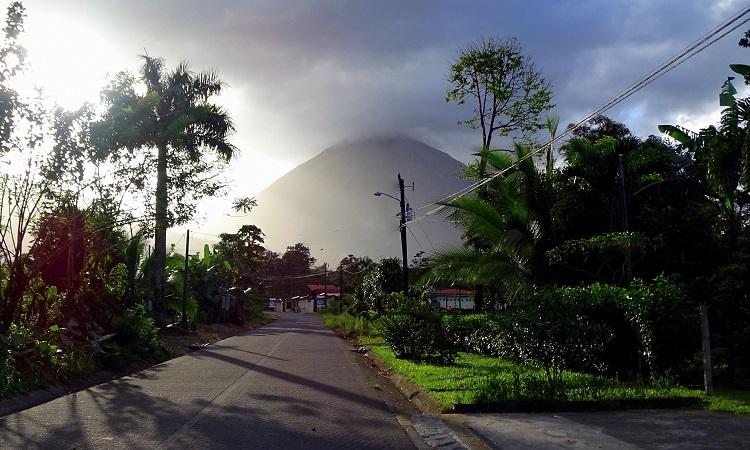 Az Arenal-vulkán árnyékában