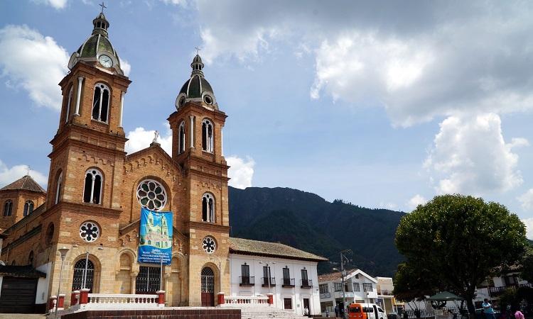 A kolumbiai Bözödújfalu